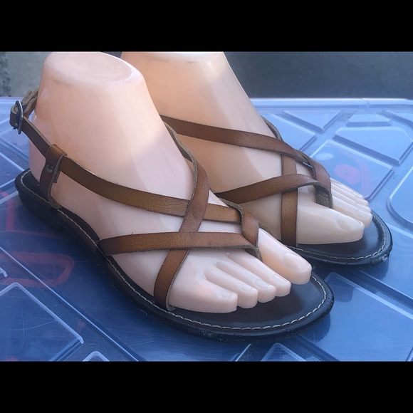 SO Brown Strappy Leather Flats Sandals Size 6.5